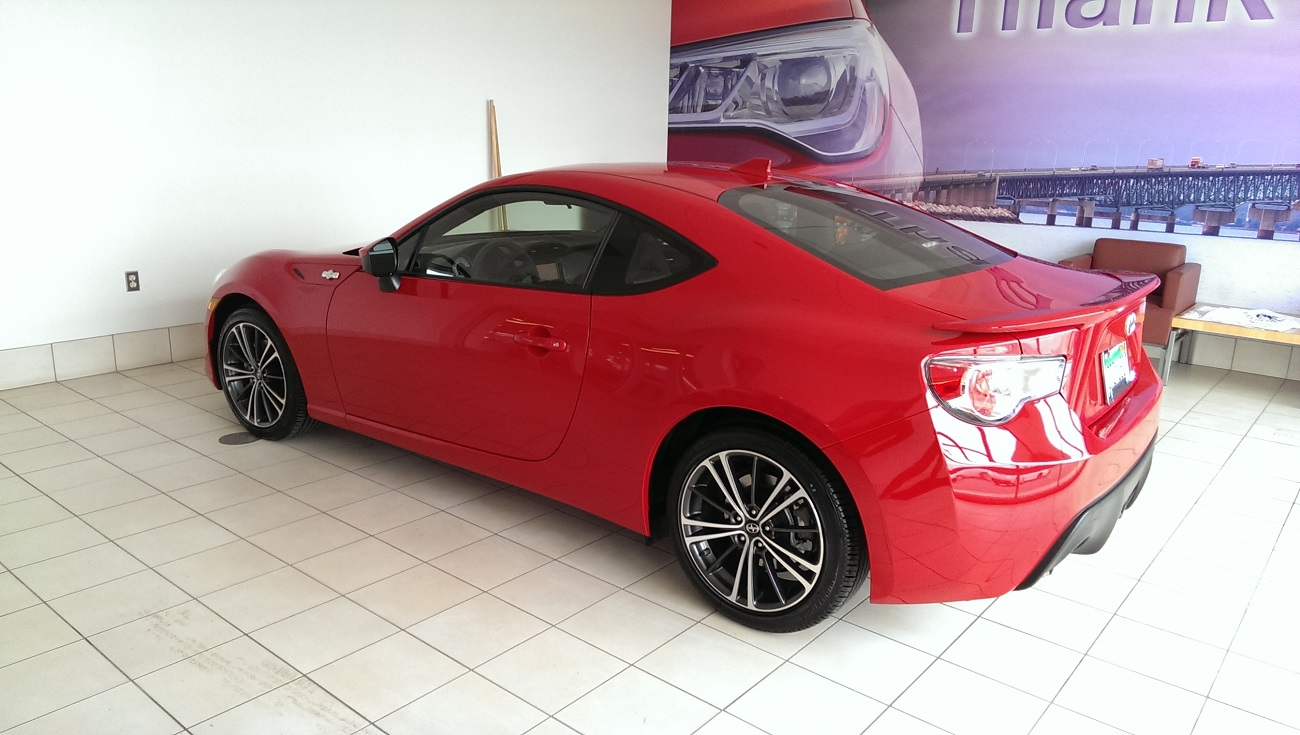 New 2015 Firestorm FRS Compared to 09 Cobalt SS  GTO PICS