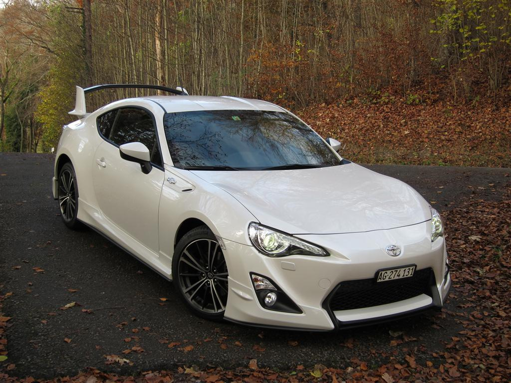 it finally arrived white gt86 aero page 2 scion fr s. Black Bedroom Furniture Sets. Home Design Ideas