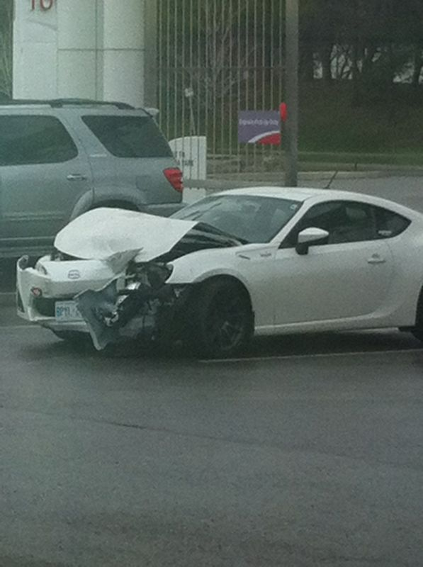 white 86 crashed - Scion FR-S Forum | Subaru BRZ Forum ...