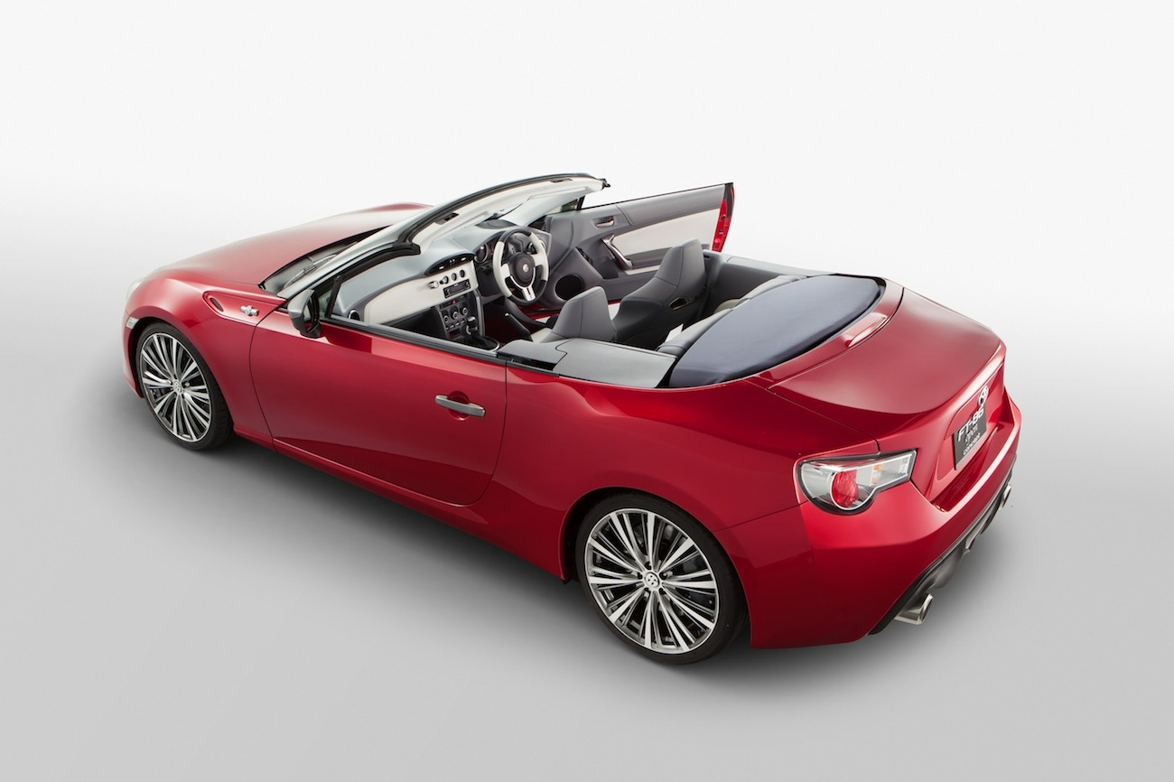 Name:  toyota-ft-86-open-concept-2013-tokyo-motor-show-004-1.jpg Views: 3939 Size:  159.8 KB