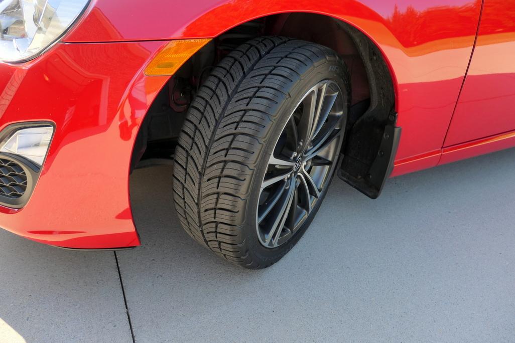 Name:  Tire.JPG Views: 427 Size:  435.0 KB