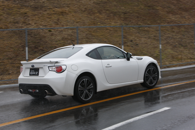 Name:  whitebrz4.jpg
